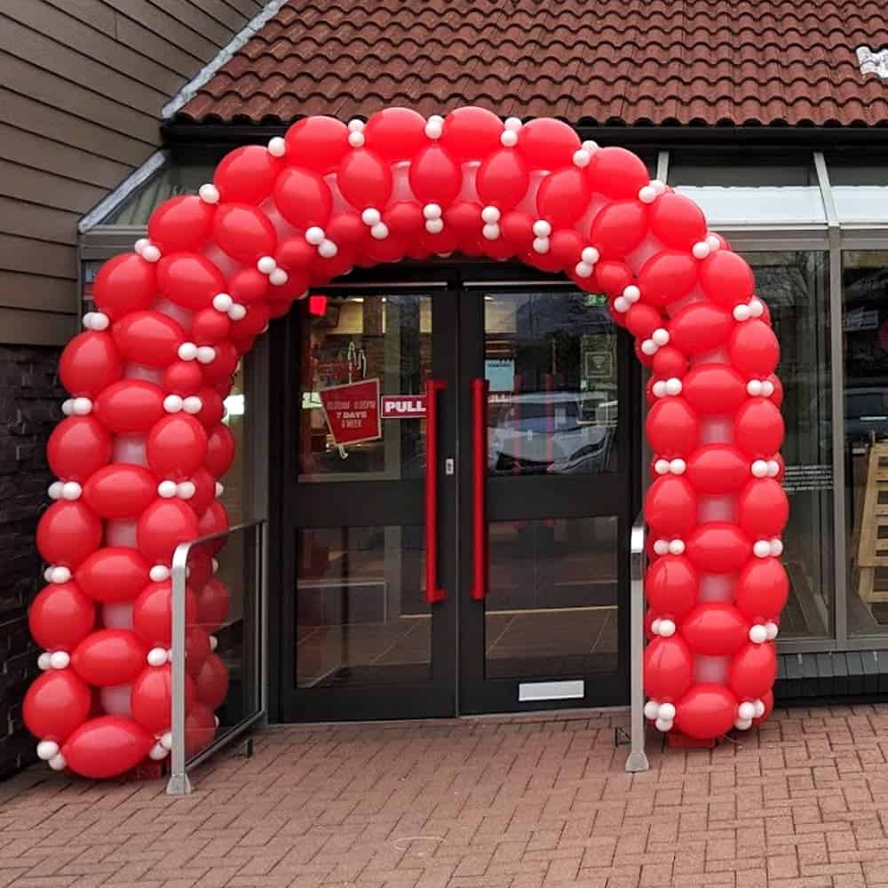 Commercial balloon arches