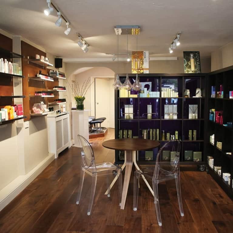 Retreat Beauty Salon in Brackley