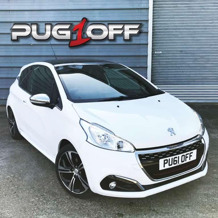 Peugeot & Citroen garage in Brackley