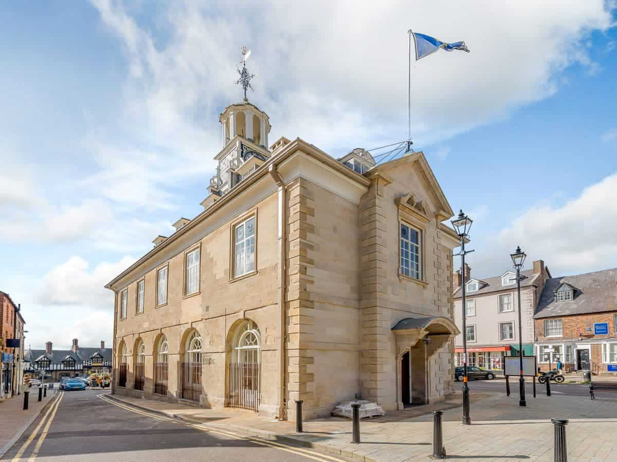 Brackley Townhall Accommodation