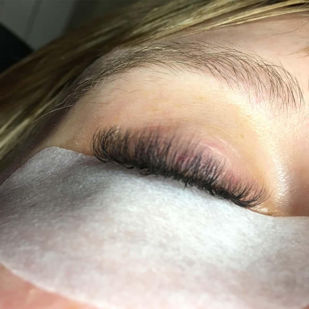 Eyelash Extensions In Brackley