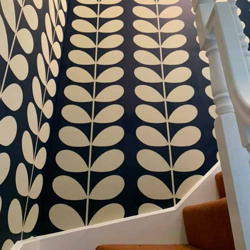 Wallpaper Hanging Brackley